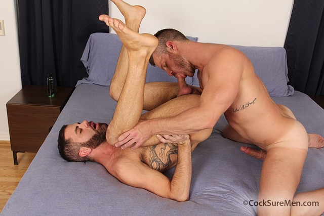 Landon Resumes To Pump His Hard Prick