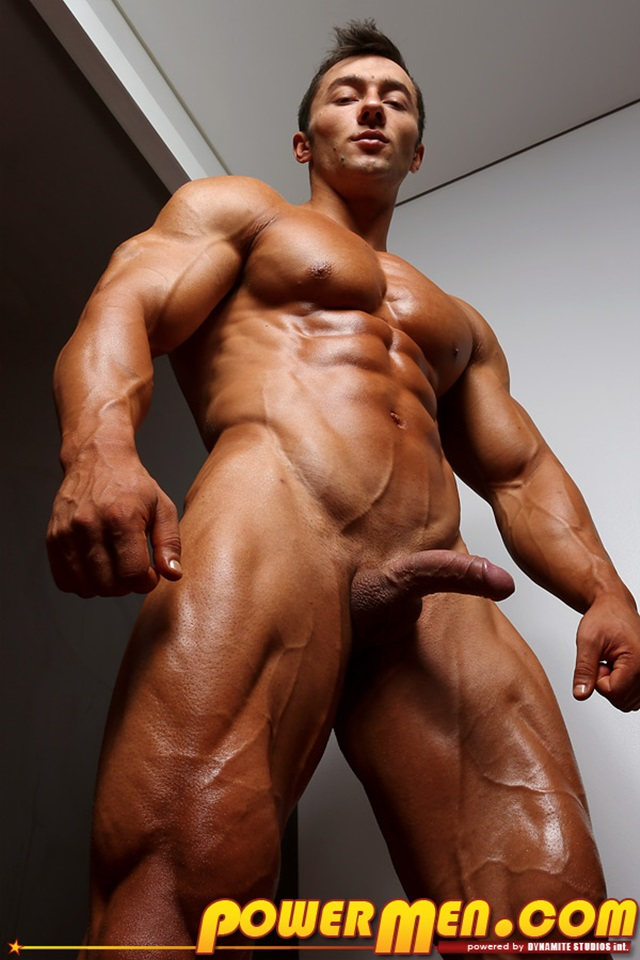 Chris Bortone  Gay Porn Star Pics  Huge Bodybuilder -3604