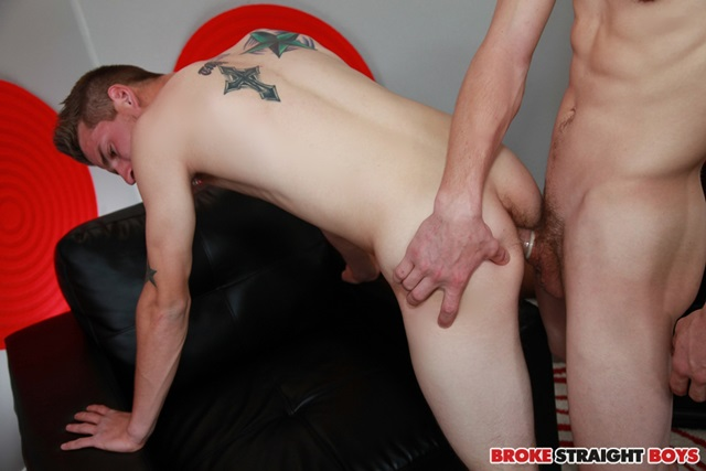 Duncan-Tyler-and-Tristan-Stiles-Broke-Straight-Boys-amateur-young-men-gay-for-pay-ass-fuck-huge-cock-011-gallery-photo