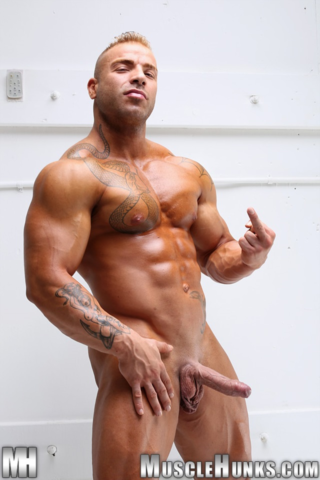 Max-Hilton-Muscle-Hunks-nude-gay-bodybuilders-porn-muscle-men-xvideos-xtube-hunks-big-uncut-cocks-jockstrap-014-male-tube-red-tube-gallery-photo