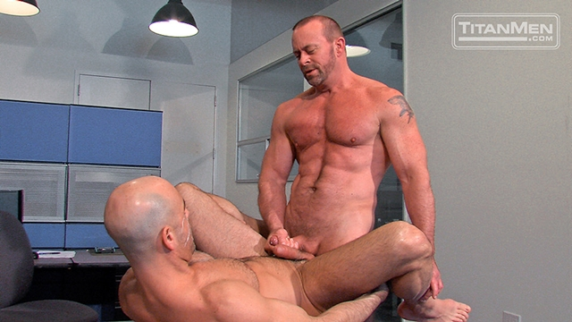 Titan-Men-Adam-Russo-unzips-Casey-Williams-swordplay-precum-dick-suck-hot-oral-fuck-throat-mouth-Fuckin-dick-017-male-tube-red-tube-gallery-photo