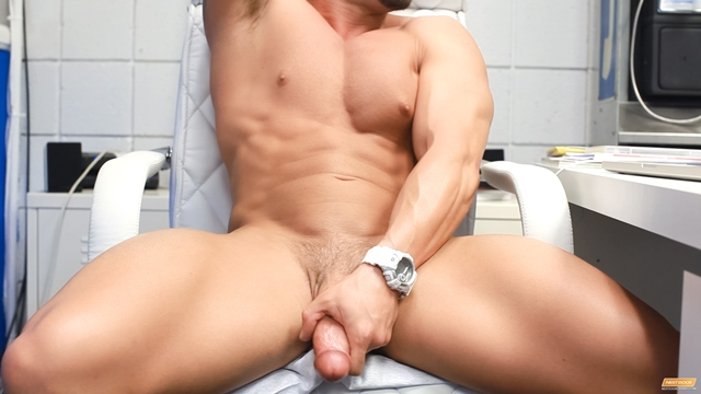 Cody-Cummings-New-jerking-huge-cock-special-stroke-session-very-horny-009-male-tube-red-tube-gallery-photo