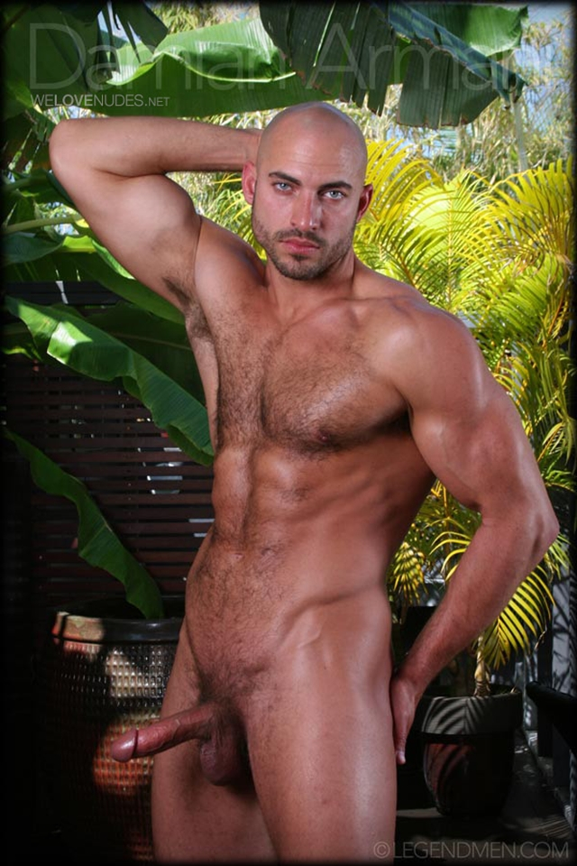 See Damian Armani Fully Exposed Here!