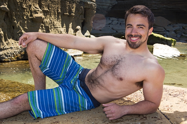 Sean-Cody-bearded-Eddie-beautiful-gorgeous-hairy-chest-fur-hair-ass-cheeks-bubble-butt-average-dick-001-male-tube-red-tube-gallery-photo