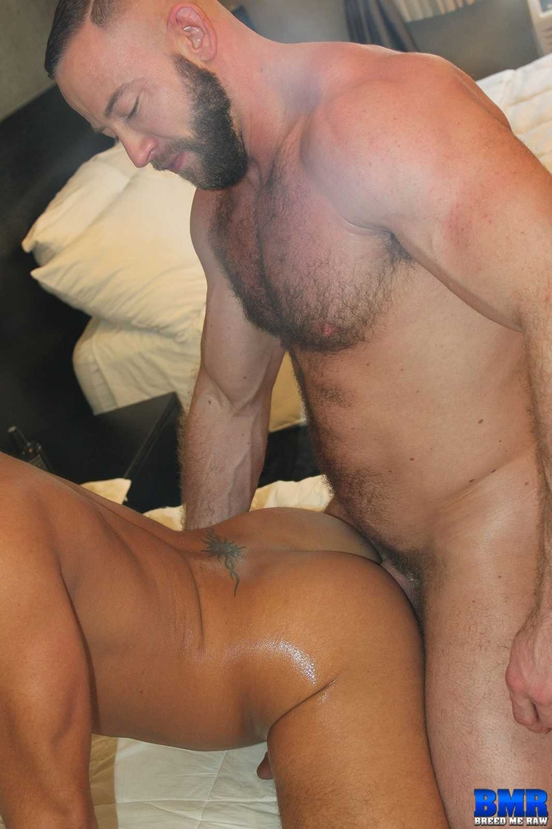 BreedMeRaw-Shay-Michaels-Dylan-Saunders-beefy-body-curved-cock-fuck-cum-slut-hairy-beard-ass-cheeks-bareback-ass-hole-011-tube-download-torrent-gallery-sexpics-photo