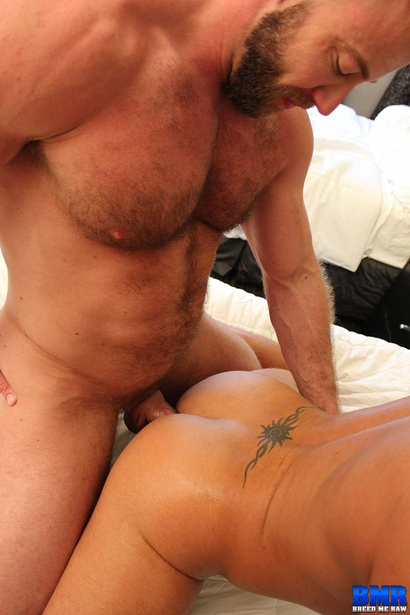 BreedMeRaw-Shay-Michaels-Dylan-Saunders-beefy-body-curved-cock-fuck-cum-slut-hairy-beard-ass-cheeks-bareback-ass-hole-013-tube-download-torrent-gallery-sexpics-photo