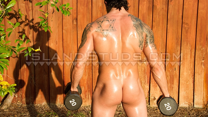 IslandStuds-Eyal-Hung-Israeli-Military-Beef-Flexes-Jerks-off-massive-big-dick-naked-men-011-tube-download-torrent-gallery-sexpics-photo