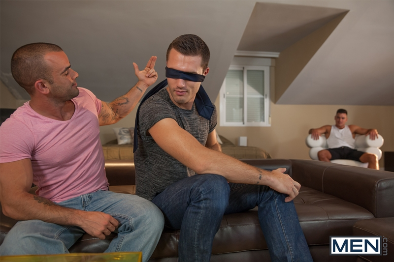 Men-com-muscle-men-Theo-Ford-Damien-Crosse-anal-fucking-Paddy-OBrian-huge-uncut-cock-gay-sex-007-tube-download-torrent-gallery-sexpics-photo