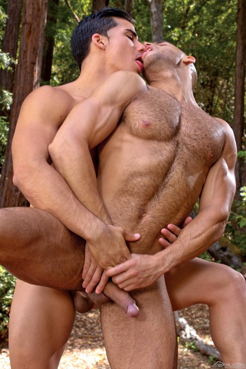 FalconStudios-gay-porn-star-Topher-DiMaggio-Sean-Zevran-nude-sexy-men-rimjob-muscular-ass-jizz-orgasm-anal-fucking-011-tube-video-gay-porn-gallery-sexpics-photo