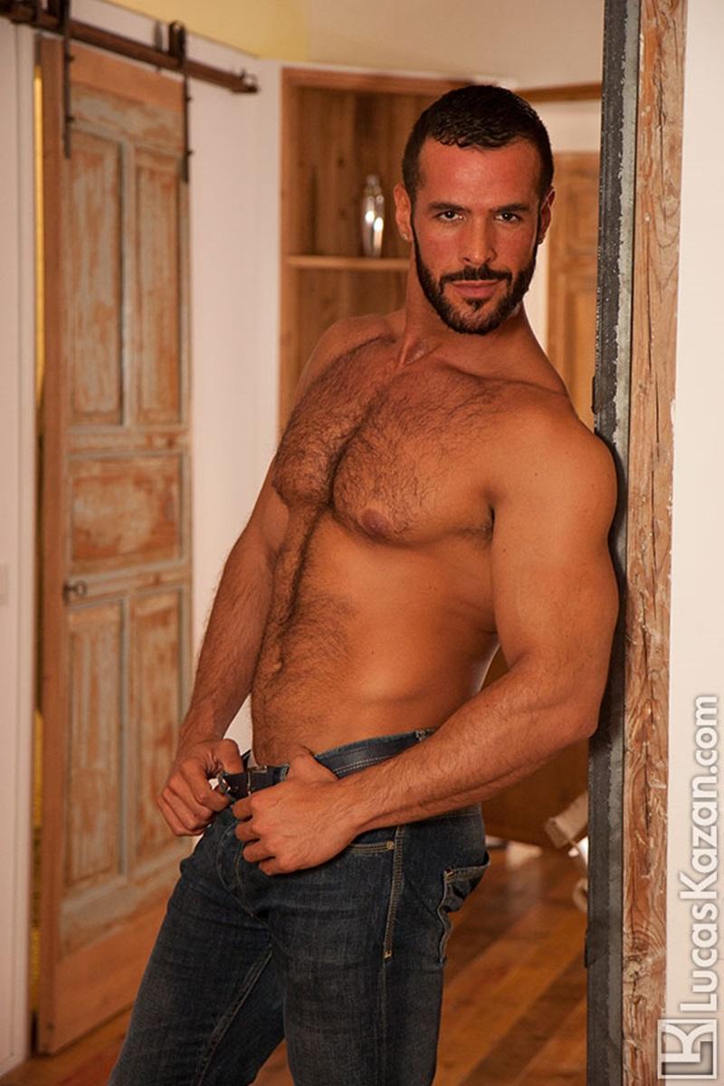 Svarthårig håret Chested Spaniard Denis Vega Naked Man Blog-1314
