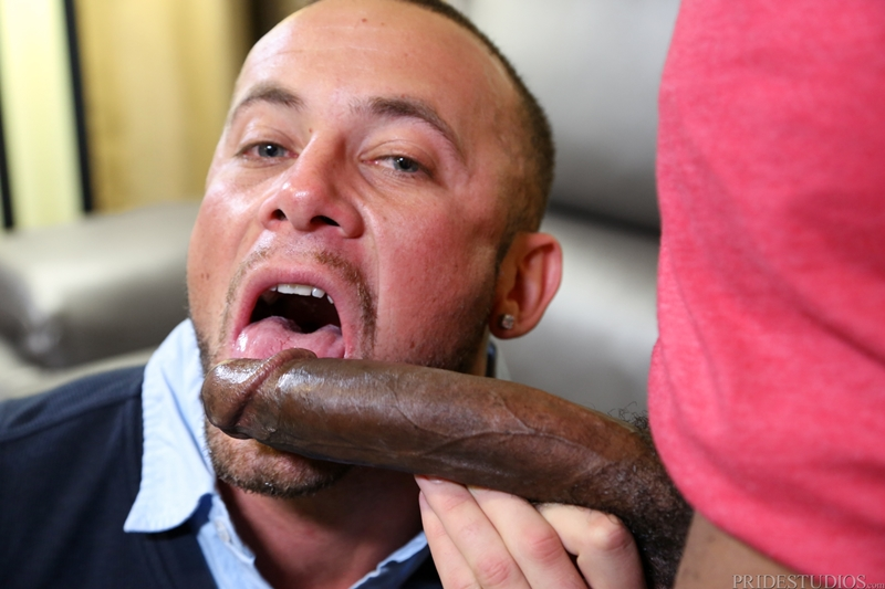 Marxel Rios works Osiris Blade' shaft and milks his balls
