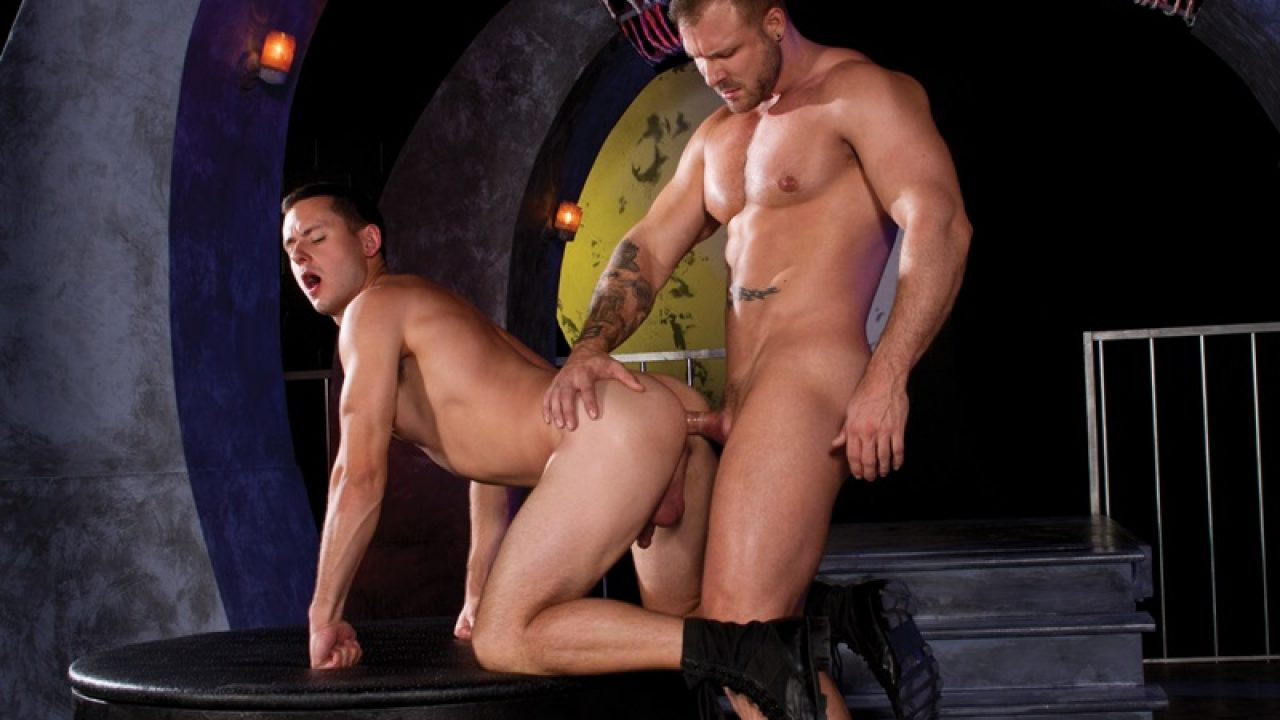 Austin Wolf Straight Porn austin wolf plants his tight ass hole on brenner bolton's