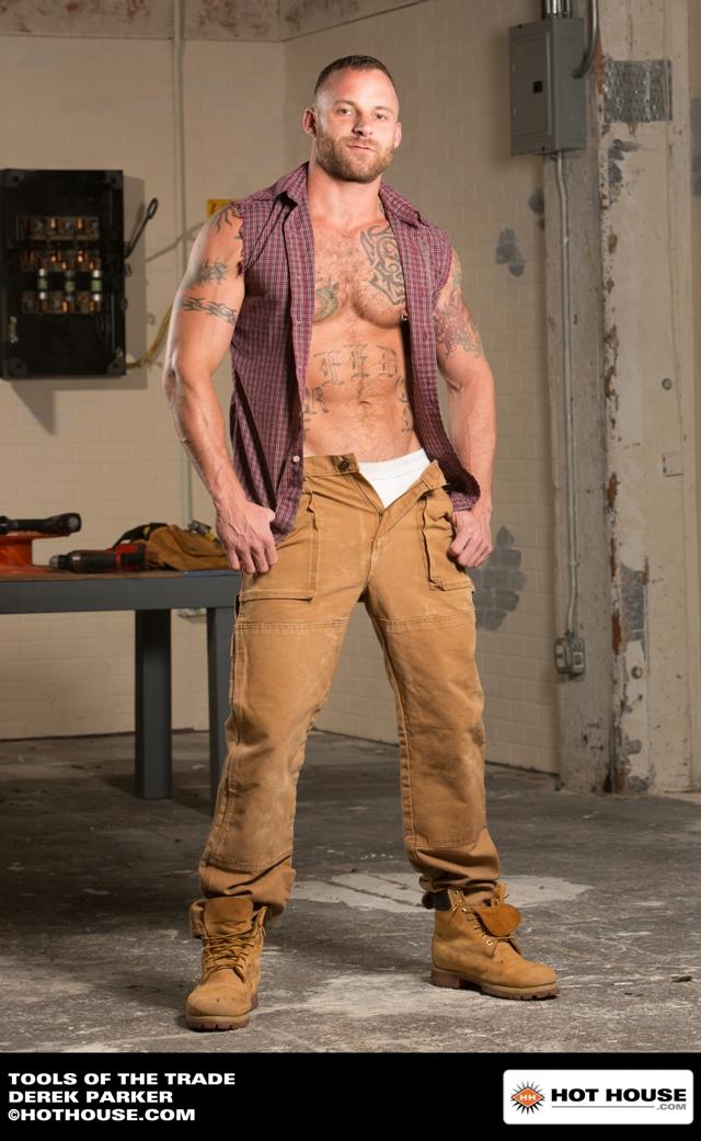 Hairy tattooed hunk Derek Parker fucked by Jimmy Durano