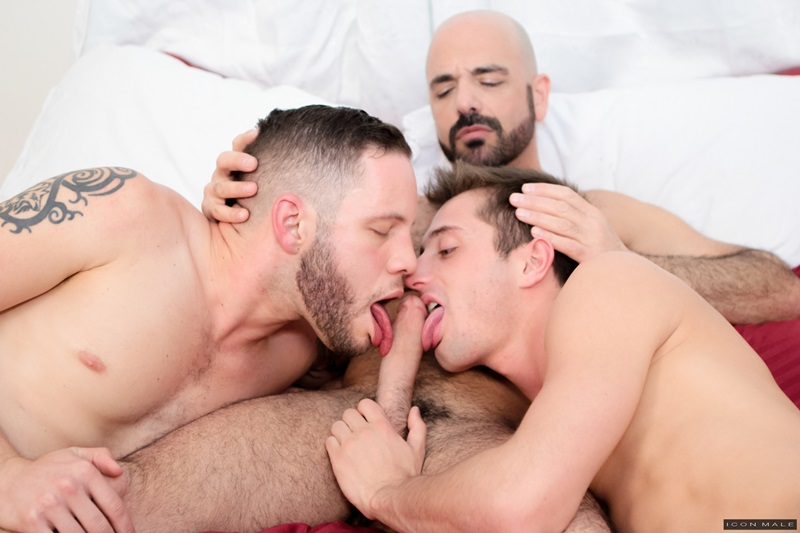 Hardcore ass fucking threesome JD Phoenix and Wolf Hudson take on big muscle daddy Adam Russo