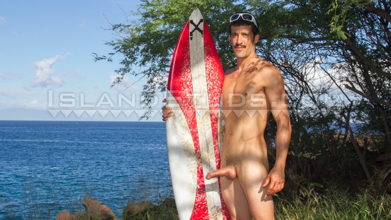 Horny hung Italian New York surfer Hugo rides the waves jerking his fat cock