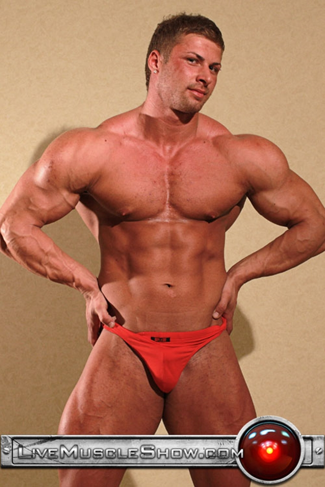 Kane Griffin  Live Muscle Show  Big Muscled Guy  Gay -6835