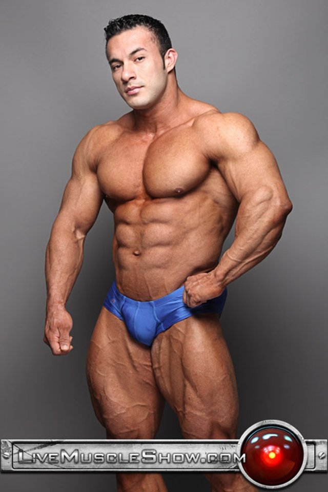 Top 100 world's sexiest naked bodybuilders at Live Muscle Show (1-10)