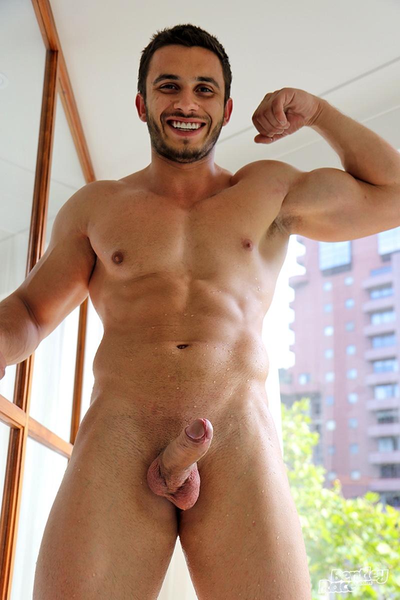 Handsome Young Hunk Aussie James Nowak Jerks His Huge -4142