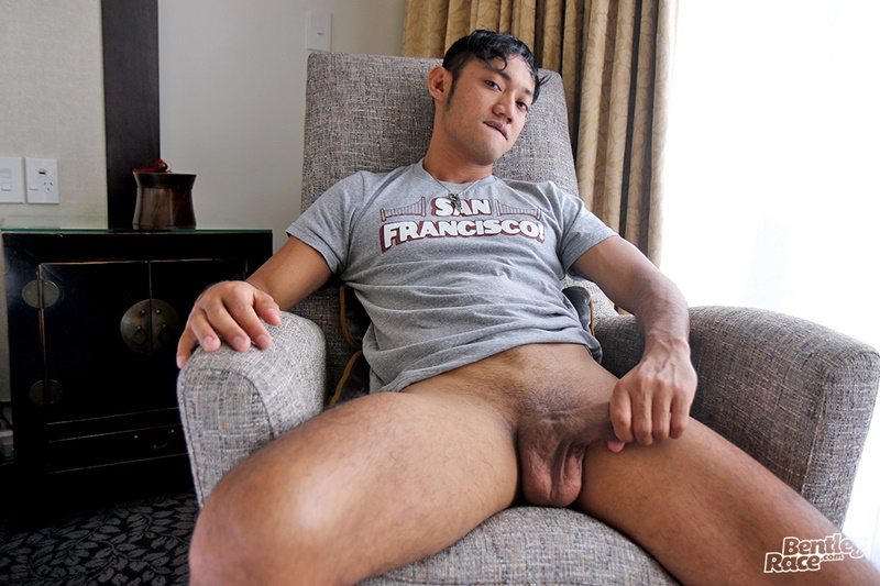Cute 22 Year Old Indonesian Boy Vino Rainz Jerks Out A -3620