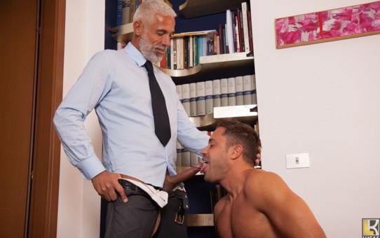 Italian dudes Daddy Pietro sucks and fucks hunky Alex's tight muscular asshole