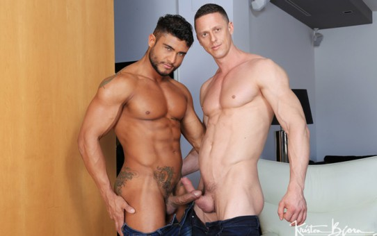 Hot naled big muscle men Diego Lauzen slips his cock deep inside of Ivan Gregory's hot pink ass hole
