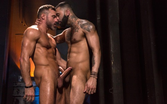 Manuel Skye fucks the stud Rikk York's hairy bubble butt stretching him to the limits