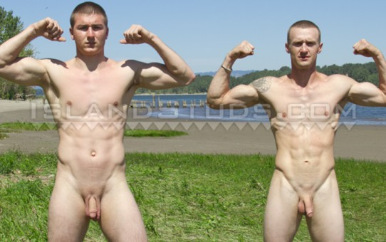 Two REAL STRAIGHT sportsmen Brent and Colt with two awesome muscle butts and ripped abs