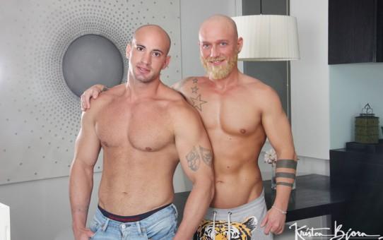 Jay Moore's raw ass bareback fucked by Hugo Stark's massive dick