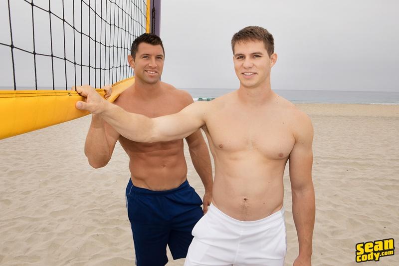 Hot naked muscle boys Derick and Shaw bareback ass fucking