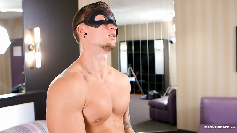 Maskurbate-Vince-muscular-body-bubble-butt-9-inch-uncut-cock-foreskin-sexy-dude-exhibitionist-sex-jerking-hardon-010-tube-video-gay-porn-gallery-sexpics-photo
