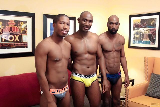 Next-Door-ebony-JP-Richards-sexy-boyfriend-Astengo-PD-Fox-massive-black-cock-beautiful-bottom-001-male-tube-red-tube-gallery-photo