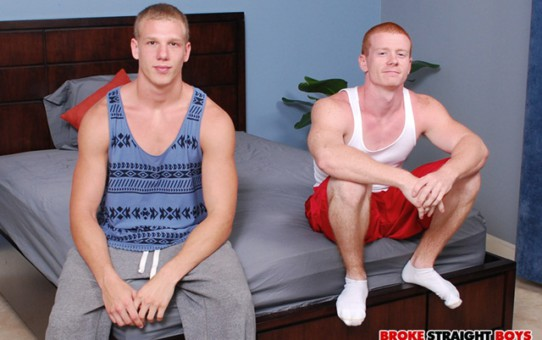 Straight boys Spencer Todd and Johnny Forza blowjob initiation